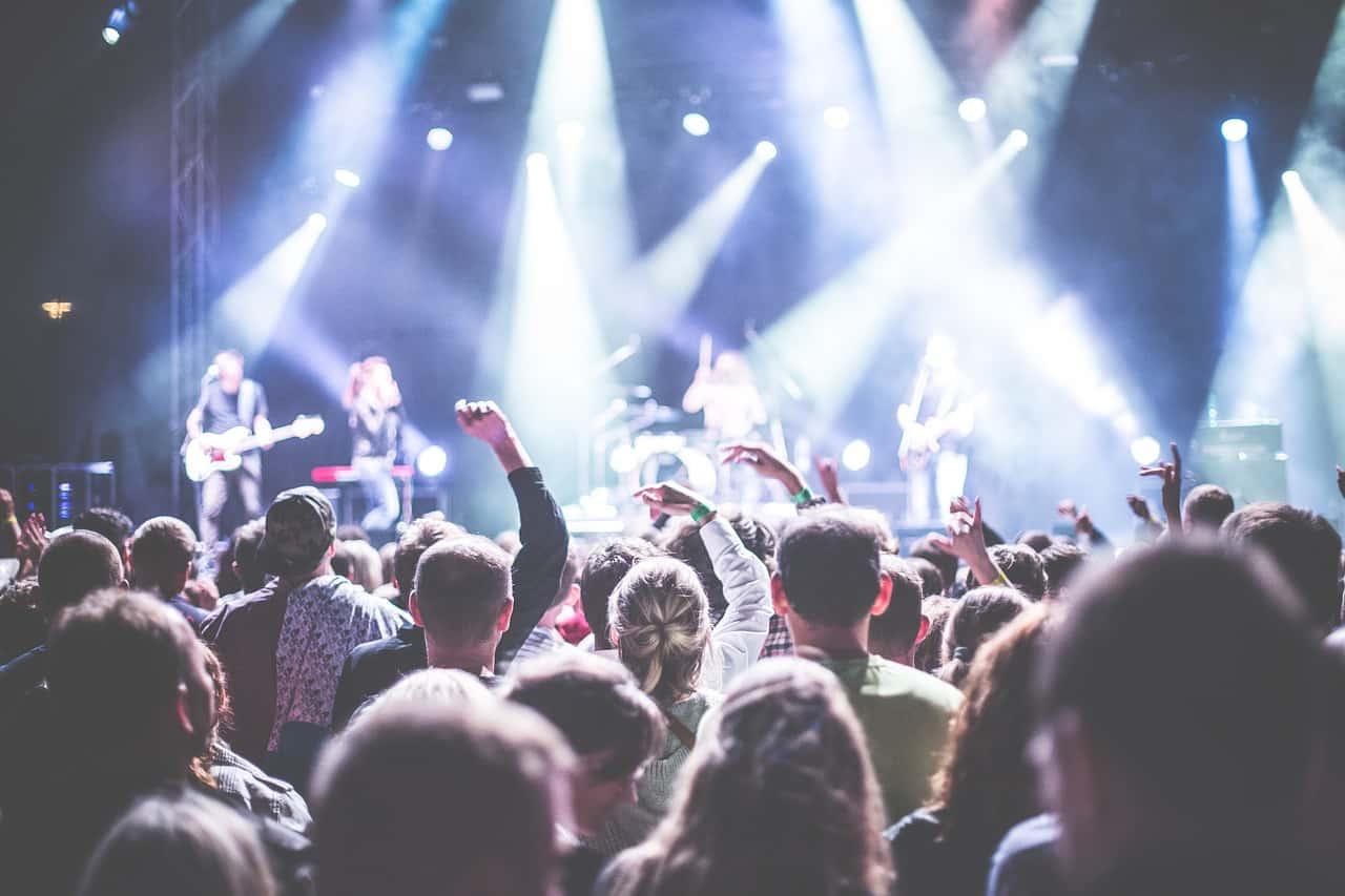 学園祭ライブで盛り上がり注目度120%のDTMシンセの使い方