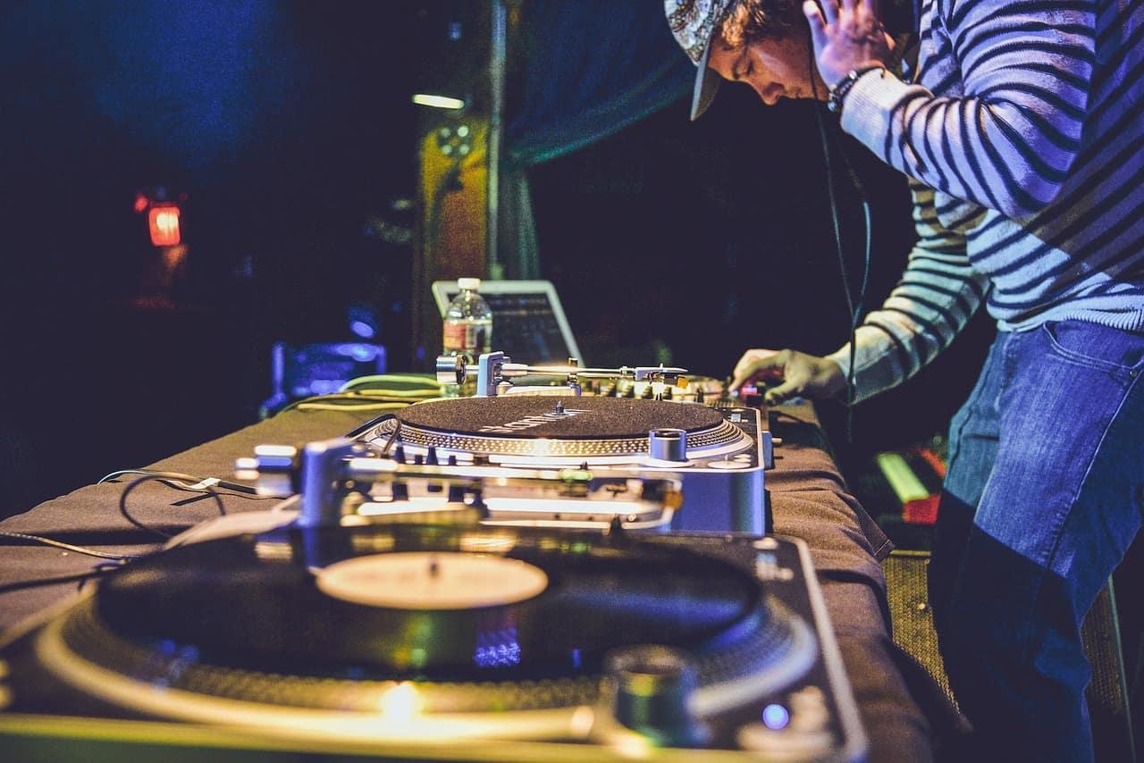 EDM作曲は難しくない!EDMらしさを簡単に出せる音色の作り方(ドラム編)